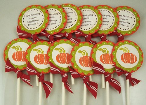 Cupcake toppers grouped