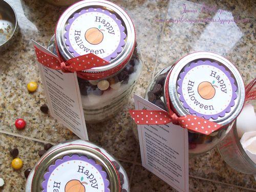 Cookie jar tops
